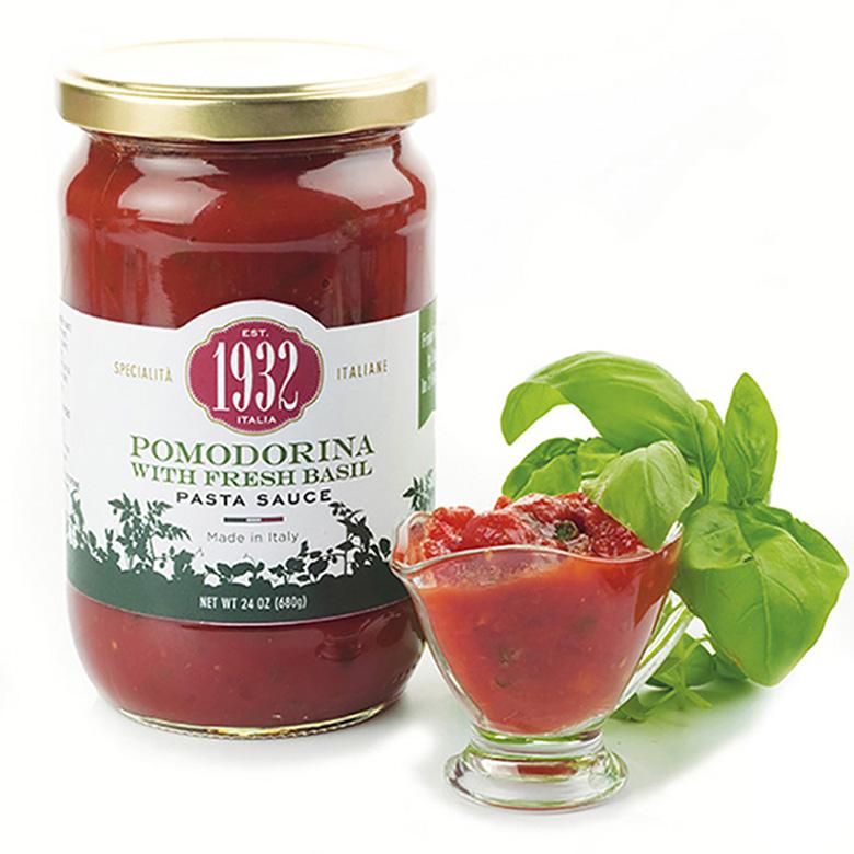 Pomodorina with fresh basil