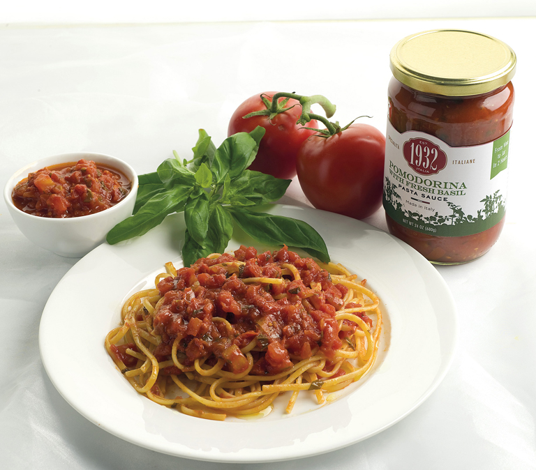 Trenette with Pomodorina sauce and fresh basil
